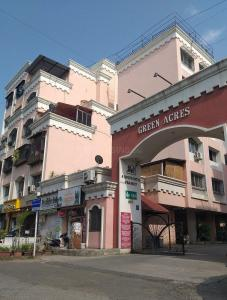 Gallery Cover Image of 2200 Sq.ft 3 BHK Apartment for buy in Green Acres Housing Society, Kondhwa for 16000000