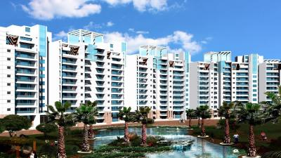 Gallery Cover Image of 3650 Sq.ft 4 BHK Apartment for rent in Parsvnath La Tropicana, Timarpur for 125000