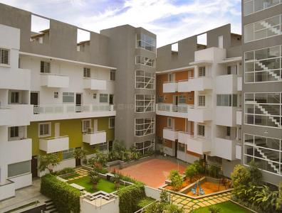 Gallery Cover Image of 1600 Sq.ft 3 BHK Apartment for rent in Saffron Square, Bellandur for 35000