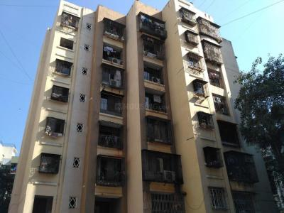 Gallery Cover Image of 500 Sq.ft 1 BHK Apartment for rent in Atul Blue Empire, Kandivali West for 23000