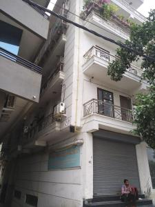 Gallery Cover Image of 200 Sq.ft 1 RK Apartment for rent in Vasant View Apartments, Mahipalpur for 6000