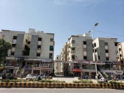 Gallery Cover Image of 1250 Sq.ft 2 BHK Apartment for buy in Shukan Group Residency, Chandlodia for 5000000