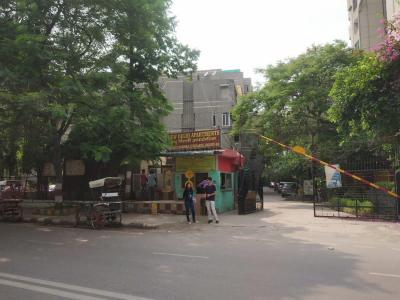 Gallery Cover Image of 1000 Sq.ft 2 BHK Independent Floor for rent in New Delhi Apartment, Vasundhara Enclave for 27000