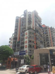 Gallery Cover Image of 1350 Sq.ft 2 BHK Apartment for rent in Skytech Magadh, Vaishali for 18000