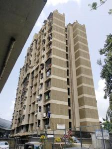 Gallery Cover Image of 650 Sq.ft 1 BHK Apartment for rent in Swapnapurti Co-Op Hsg Society, Chembur for 26000