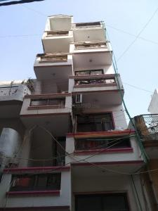 Gallery Cover Image of 200 Sq.ft 1 RK Independent House for rent in Flats, Matiala for 6700