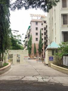 Gallery Cover Image of 1000 Sq.ft 2 BHK Apartment for rent in Tanishq Society, Anand Nagar for 25000