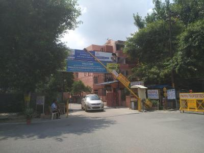 Gallery Cover Image of 950 Sq.ft 2 BHK Apartment for rent in Dhawalgiri Apartment, Sector 56 for 15000