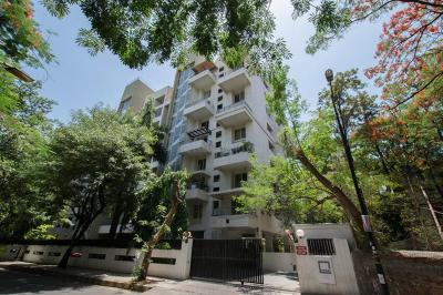 Gallery Cover Image of 1750 Sq.ft 3 BHK Apartment for buy in Marvel Imperial, Sangamvadi for 23000000