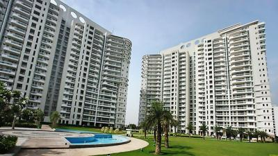 Gallery Cover Image of 2800 Sq.ft 4 BHK Apartment for buy in DLF The Icon, Sector 43 for 38500000