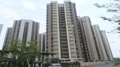 Gallery Cover Image of 1335 Sq.ft 3 BHK Apartment for rent in Garden City, Thane West for 36000