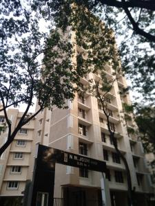 Gallery Cover Image of 600 Sq.ft 1 BHK Apartment for buy in Shree N M Joshi Building No 4 Annex, Mulund East for 12000000