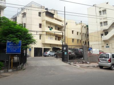 Gallery Cover Image of 2350 Sq.ft 3 BHK Apartment for buy in Gulmohar Enclave, Gulmohar Park for 62500000