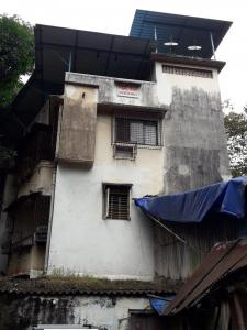Gallery Cover Image of 350 Sq.ft 1 RK Apartment for rent in Laxmi Niwas, Thane West for 14000