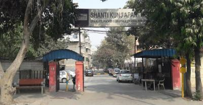 Gallery Cover Image of 1450 Sq.ft 3 BHK Apartment for rent in DDA Shanti Flats Sector 9 Pocket 2, Sector 9 Dwarka for 23000