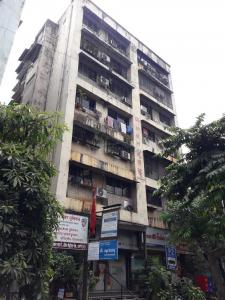 Gallery Cover Image of 750 Sq.ft 1 BHK Apartment for buy in Anant Bhuvan, Masjid Bandar for 5500000