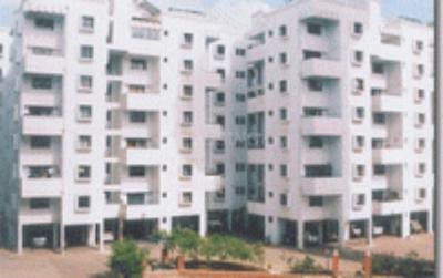 Gallery Cover Image of 1500 Sq.ft 3 BHK Apartment for rent in Wonder City, Katraj for 20000