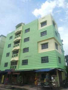 Gallery Cover Image of 1006 Sq.ft 2 BHK Apartment for buy in Sradhanjali Apartment, Lake Town for 6000000