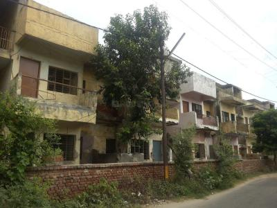 Gallery Cover Image of 750 Sq.ft 2 BHK Independent Floor for rent in Gda Flat, Pratap Vihar for 10000