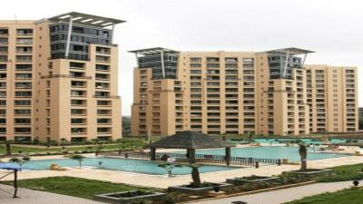 Gallery Cover Image of 900 Sq.ft 3 BHK Apartment for rent in Skyline Oasis, Ghatkopar West for 60000