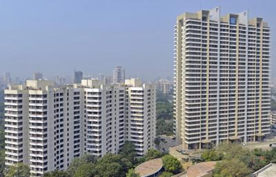 Gallery Cover Image of 1050 Sq.ft 2 BHK Apartment for buy in Kalpataru Gardens II, Kandivali East for 25500000