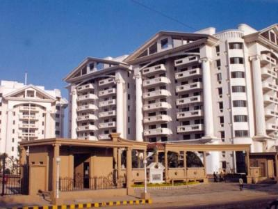 Gallery Cover Image of 2250 Sq.ft 3 BHK Apartment for rent in Prestige Acropolis, Adugodi for 65000
