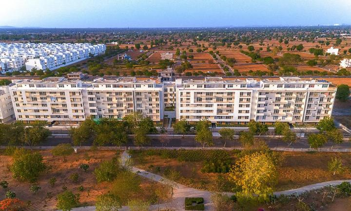 Gallery Cover Pic of The Park Apartments