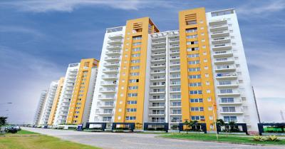 Gallery Cover Image of 2032 Sq.ft 3 BHK Apartment for rent in Park Grandeura, Sector 82 for 21000
