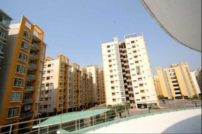 Gallery Cover Image of 1500 Sq.ft 3 BHK Apartment for buy in Raintree Park Phase 1, Kukatpally for 9840000