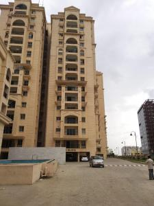 Gallery Cover Image of 2000 Sq.ft 3 BHK Apartment for rent in Aditya's Imperial Heights, Hafeezpet for 40000