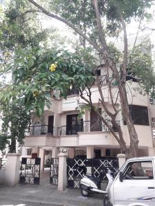Gallery Cover Image of 1100 Sq.ft 2 BHK Apartment for rent in Sri Kusuma Hara Apartments, Basavanagudi for 24000