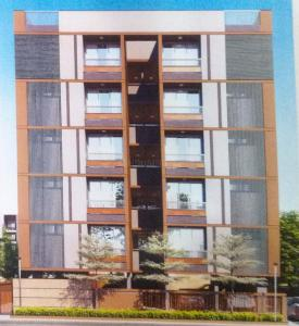 Gallery Cover Image of 1710 Sq.ft 3 BHK Apartment for buy in Suvas Kanchan, Paldi for 10000000