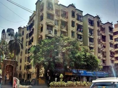 Gallery Cover Image of 560 Sq.ft 1 BHK Apartment for rent in Poonam Complex, Kandivali East for 19000