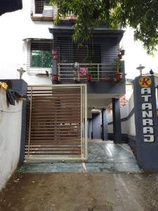 Ratanraj Apartment