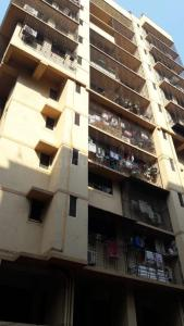 Gallery Cover Image of 1100 Sq.ft 2 BHK Apartment for buy in Ekta Wood 2, Borivali East for 18500000