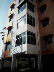 Gallery Cover Image of 1240 Sq.ft 2 BHK Apartment for rent in Akashdeep Apartment, Barrackpore for 16000