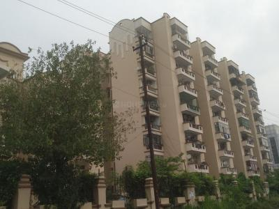 Gallery Cover Image of 2000 Sq.ft 4 BHK Apartment for buy in Kesar Garden Apartment, Sector 48 for 11000000