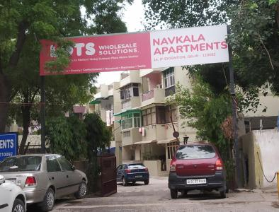 Gallery Cover Image of 980 Sq.ft 3 BHK Apartment for rent in Navkala Apartment, Mandawali for 25000