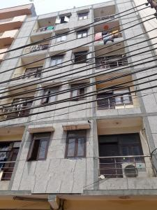 Gallery Cover Image of 1450 Sq.ft 3 BHK Apartment for buy in Star Apartment , Sector 18 for 3900000