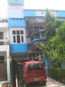 Gallery Cover Image of 1550 Sq.ft 3 BHK Independent Floor for rent in C-213, Sector 49 for 25000