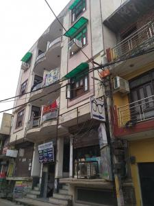 Gallery Cover Image of 500 Sq.ft 1 BHK Apartment for rent in Aashirwad Complex, Aya Nagar for 9000