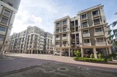 Gallery Cover Image of 916 Sq.ft 2 BHK Apartment for rent in Diamond City North, South Dum Dum for 18000