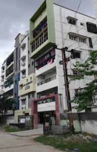 Gallery Cover Image of 1515 Sq.ft 3 BHK Apartment for rent in Sai's Nandanam , Miyapur for 18000