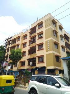 Gallery Cover Image of 1430 Sq.ft 3 BHK Independent Floor for buy in Akash Apartments, Science City for 8000000