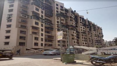 Gallery Cover Image of 590 Sq.ft 1 BHK Apartment for buy in HDIL Dheeraj Jamuna, Malad West for 9500000