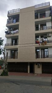 Gallery Cover Image of 450 Sq.ft 1 BHK Apartment for buy in Plot No. 2, Nehru Nagar for 1500000