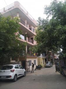 Gallery Cover Image of 1600 Sq.ft 2 BHK Apartment for rent in DDA Flats, Munirka for 35000