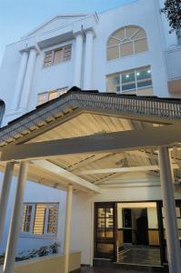 Gallery Cover Pic of Prestige White Lodge