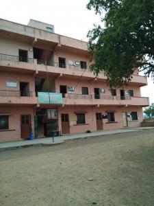 Schools &Universities Image of 377 - 500 Sq.ft 1 BHK Apartment for buy in Ravinanda Towers