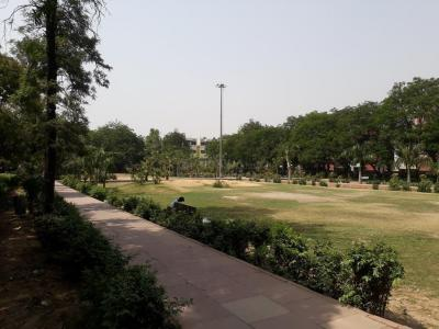 Parks Image of 1075.0 - 3776.0 Sq.ft 2 BHK Apartment for buy in Supertech 34 Pavilion